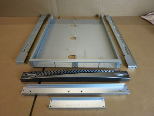 Dell EMC Server Plate 042-005-853 HPI-Elitek Panel 100-561-049 EMC RAIL KIT